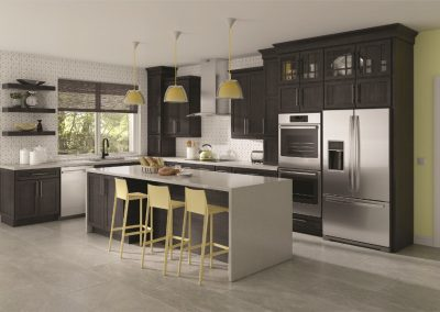 dark cabinets Signature Cabinetry - Columbus, Ohio